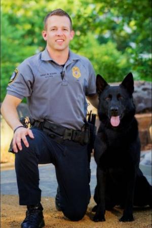 გმირი პოლიციელი ძაღლები, რომლებიც სამსახურეობრივი მოვალეობის შესრულების დროს დაიღუპნენ