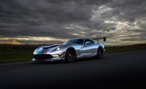 2017 წლის იაფი, 500 ცხენის ძალაზე მეტის მქონე ტოპ-10 ავტომობილი