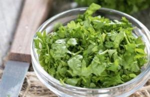 უებარი მკურნალი - მცენარე , რომელიც საოცარ ეფექტს ახდენს ორგანიზმზე