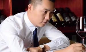 ვინ არის საქართველოსა და ქართულ ღვინოზე შეყვარებული ჩინელი ბიზნესმენი, რომელმაც სახელი და გვარი შეიცვალა?