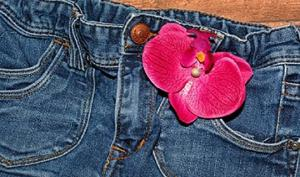 ჯინსის შარვალმა კინაღამ ქალის სიცოცხლე იმსხვერპლა
