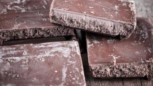 რატომ ჩნდება შოკოლადზე თეთრი ნადები და სახიფათოა თუ არა იგი - ეს ბევრმა არ იცის!
