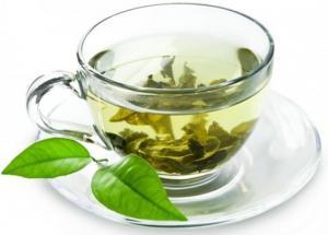 რა სასარგებლო თვისებები აქვს მწვანე ჩაის და როგორ უნდა დავაყენოთ იგი