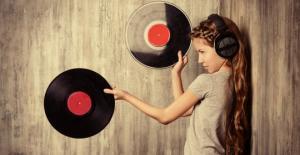 ბრიტანელი მეცნიერები: მითხარით, რა ჟანრის მუსიკას უსმენთ და გეტყვით, როგორი ხასიათი და ინტელექტი გაქვთ