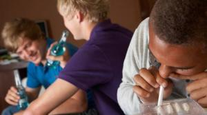 როგორ დავიცვათ ბავშვები სიგარეტისგან, ალკოჰოლისგან და ნარკოტიკისგან