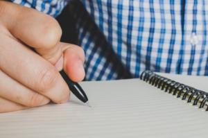 12 576 ადამიანი საქართველოში წერა-კითხვის უცოდინარია