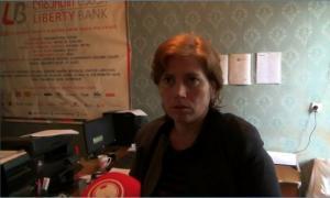 """დედოფლისწყაროში """"ლიბერთი ბანკის"""" ფილიალიდან 11 000 ლარი გაიტაცეს (ვიდეო)"""