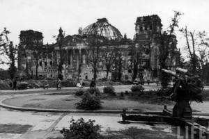 ბერლინი მეორე მსოფლიო ომის ბოლოს