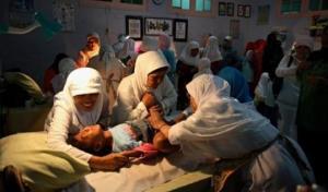 როგორ ხდება გოგონების წინადაცვეთა ინდონეზიაში - შოკისმომგვრელი ფოტოები