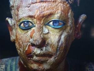 მარადისობაში მომზირალი:  რატომ აქვს  მთის ბროლის   ლინზები   ძველეგვიპტურ  ქანდაკებებს?