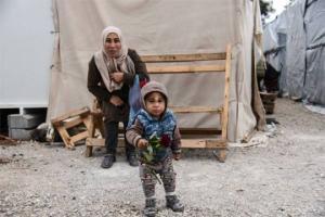 ამერიკა განიხილავს საკონცენტრაციო ბანაკის შექმნას უკანონო მიგრანტების 20,000  ბავშვისთვის
