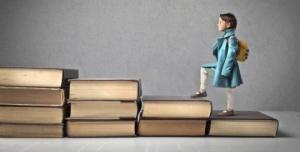 """""""წიგნიერების 10 მცნება"""", ანუ რატომ უნდა ვიკითხოთ წიგნები?"""