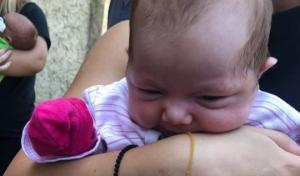 სამებაში დედამ 1 თვის ჩვილი მიატოვა (ფოტოები შემთხვევის ადგილიდან)