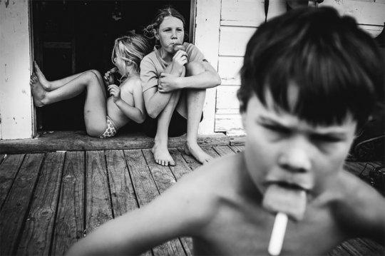 ოთხი შვილის დედამ, აჩვენა, თუ როგორია ბავშვობა ტელევიზორისა და თანამედროვე ტექნიკის გარეშე