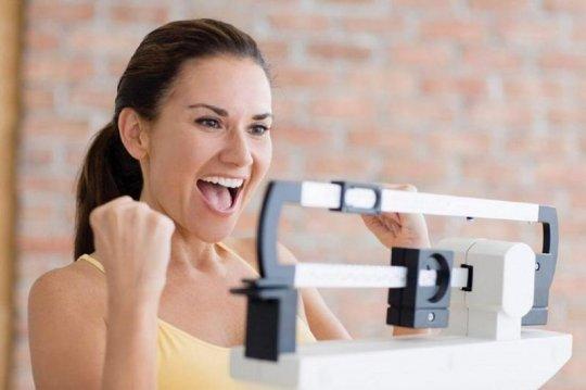 გამოთვალეთ სხეულის იდეალური წონა ბროკის ფორმულით