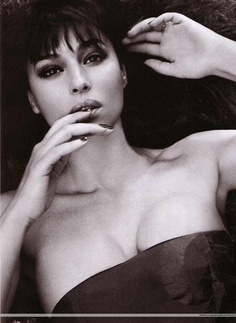 მსოფლიოში 10 ყველაზე ლამაზი ქალი...(The 10 most beautiful women in the world)