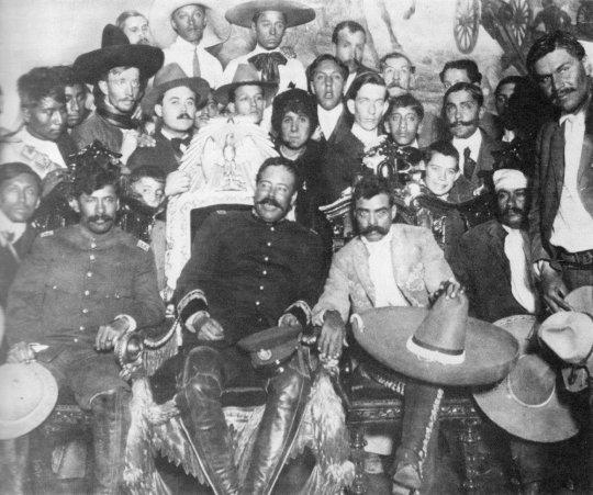 მექსიკის რევოლუციის ბელადები, ემელიანო საპატა და პანჩო ვილია 1916 წელი.