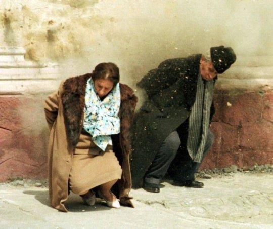 რუმინელი დიქტატორის სისხლიანი აღსასრული - როგორ დასაჯეს  სიკვდილით ჩაუშესკუ და მისი  მეუღლე