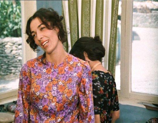 """ლაურა რეხვიაშვილი ფილმიდან :სიყვარული ყველას უნდა"""""""