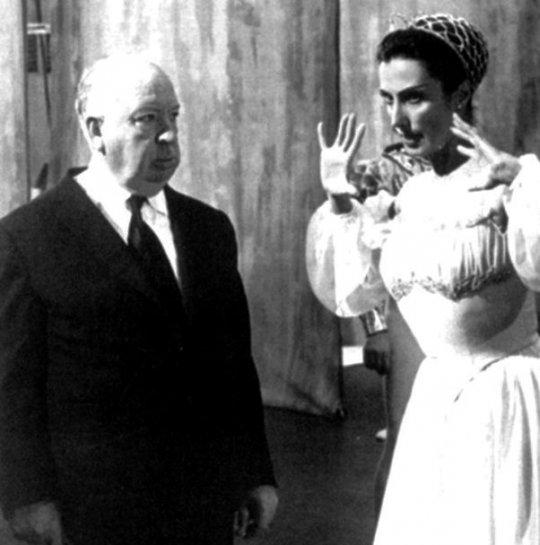 ალფრედ ჰიჩკოკი და თამარ თუმანიშილი