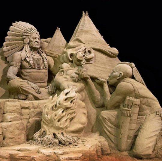 ქვიშისგან გაკეთებული სკულპტურები