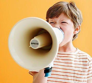 როგორ მოიქცეს მშობელი, როდესაც ბავშვი აგრესიას გამოხატავს და ცუდად იქცევა?