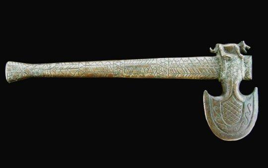 კოლხეთი. ბრინჯაოს კოლხური ცული. Colchian bronze ax