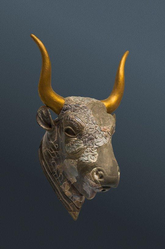 კრეტული ხარი. ძვ.წ. 1500-1450 წწ.