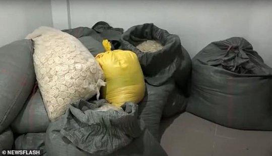 პოლიციამ ვიეტნამში მეორადი გამოყენებისთვის გამიზნული 324 ათასი ნახმარი პრეზერვატივი აღმოაჩინა