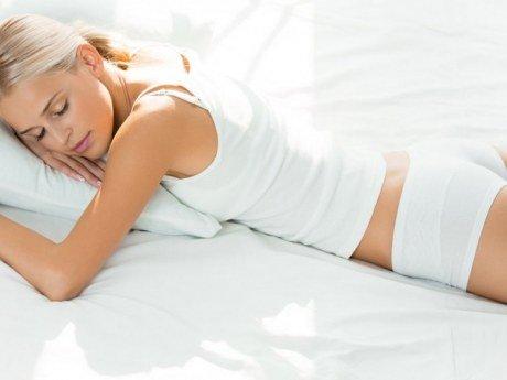 ექიმები საცვლების გარეშე ძილს მკაცრ რეკომენდაციას უწევენ - გაიგეთ თუ რატომ