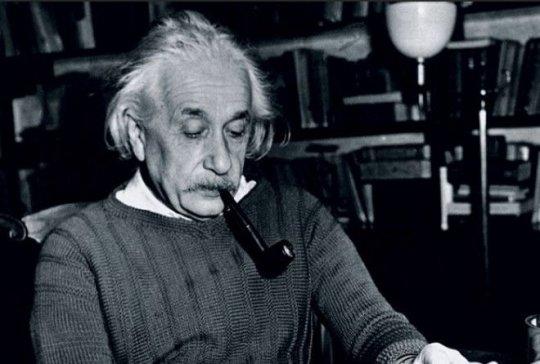 აინშტაინის სია- გენიალური მეცნიერის საყვარელი წიგნების ჩამონათვალი