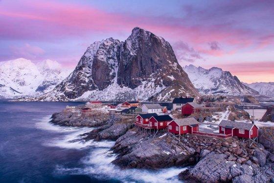 მეთევზეთა პატარა სოფელი ნორვეგიაში