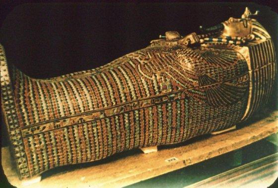 ეგვიპტის ფარაონის, ტუტანჰამონის სარკოფაგი 110 კილოგრამ სუფთა ოქროს შეიცავს.