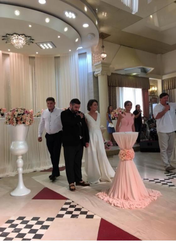 ზურა ნიჟარაძე ულამაზეს გოგოზე დაქორწინდა
