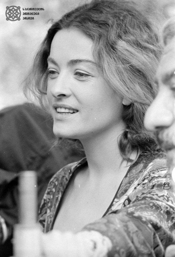 ლიკა ქავჟარაძე-1992 წელი-ფოტო ეროვნული არქივიდან