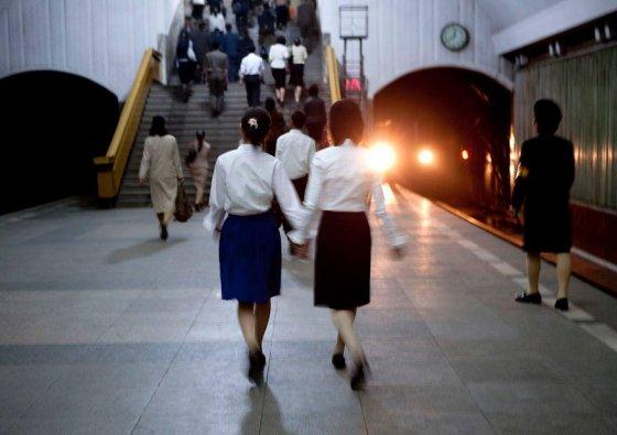 მსოფლიოში ჩრდილოეთ კორეის მეტროსადგურების სიღმრე ყველაზე დიდია, ვინაიდან ისინი ომის დროს თავშესაფრის