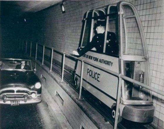 გვირაბის პოლიცია-დიდი ბრიტანეთი 1954 წელი