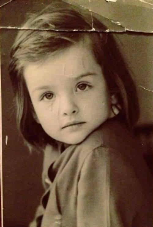 ულამაზესი ლიკა ქავჟარაძის ბავშვობის ფოტო
