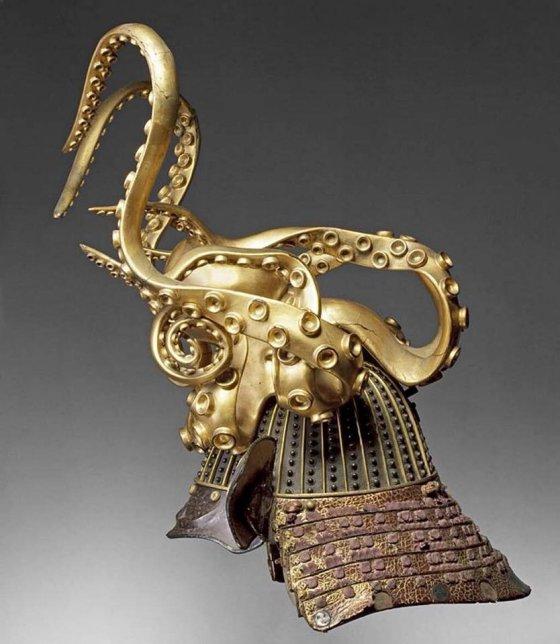 სამურაის რვაფეხას ფორმის მუზარადი (კაბუკო). დაახლ. 1700 წ., იაპონია.