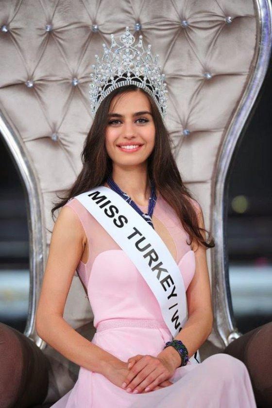 მსოფლიოს ვერ წარმოედგინა რომ თურქებს ასეთი ლამაზი გოგო ჰყავდათ მისმა სილამაზემ თურქი ხალხიც კი შოკში