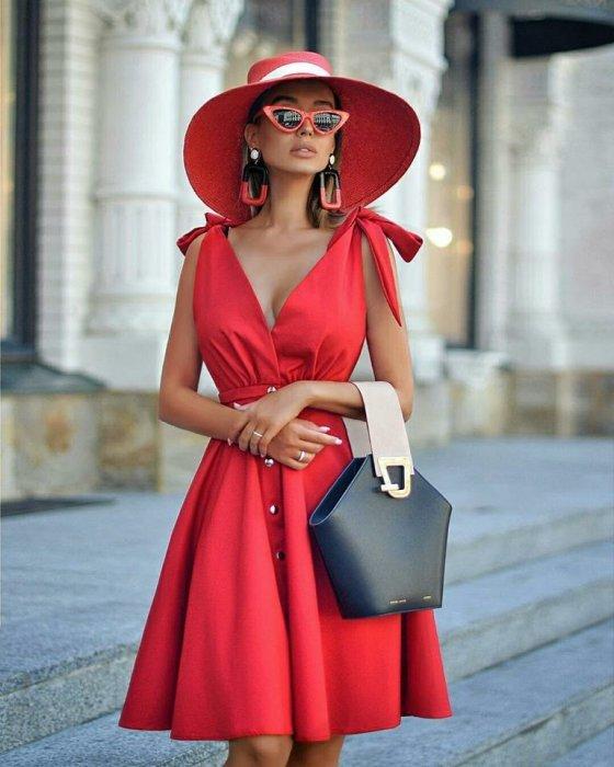წითელი კაბა