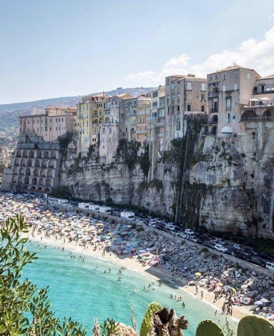 ქალაქი ტროპეა ,იტალია