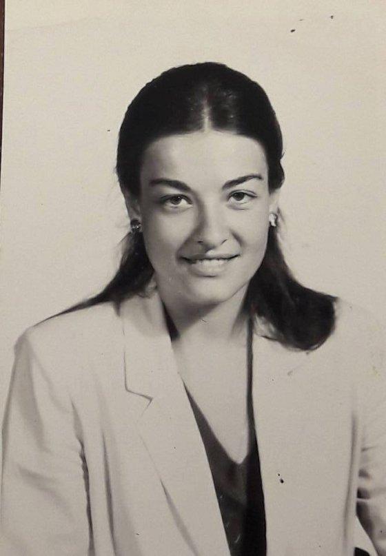 საპასპორტო ჯიხურში გადაღებული ფოტოები. ლიკა ქავჟარაძე 1976 წელი