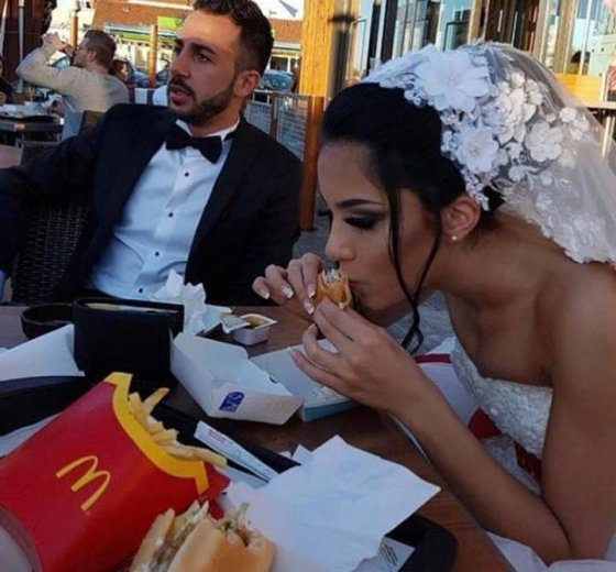 დედოფალი ვიცი მე McDonald's -ში