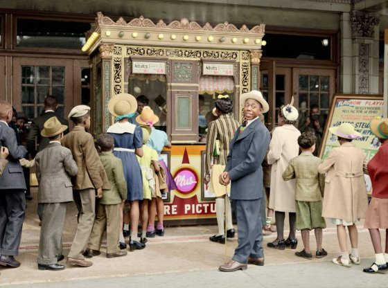 ჩიკაგოში კინოს შესასვლელი (1941წელი)