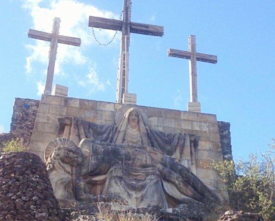 გარდამოხსნის ქანდაკება–საფრანგეთი ქალაქი პრივასი