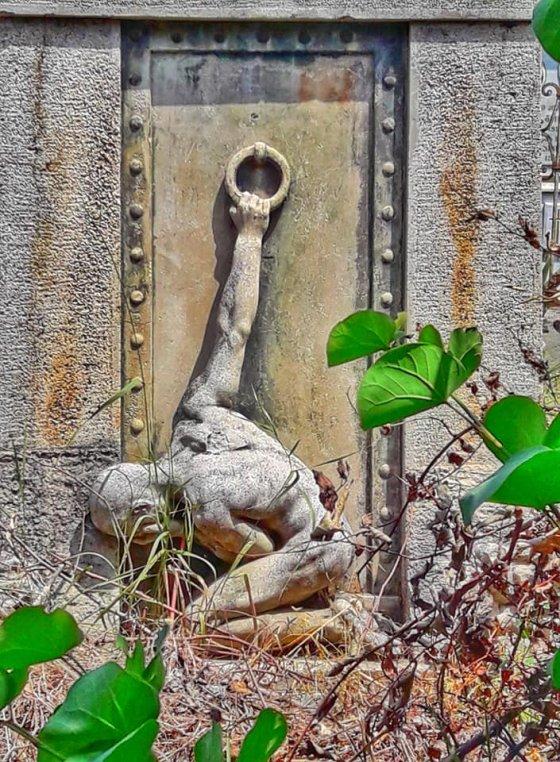 კაკუნი სამოთხის კარზე -  გადაღებულია კუკიის სასაფლაოზე