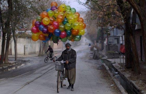 ბუშტების გამყიდველი ქაბულში,ავღანეთი