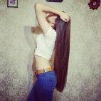 გრძელი თმა მაგრად ალამაზებს გოგოს