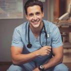 ამნაირი ექიმი რას გაიგებს ადამიანის სწორ გულისცემას?